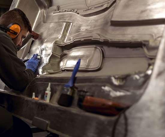 Mold-Tech Inc. polishing