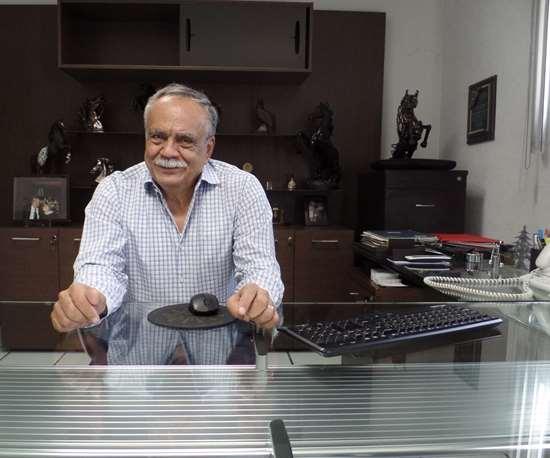 Juan José Rubio en su oficina.