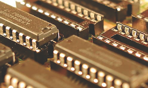 Recubrimiento en oro para sistemas electrónicos