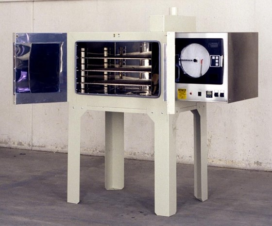 Grieve No. 952 electrically heated, forced-air, bench convection oven