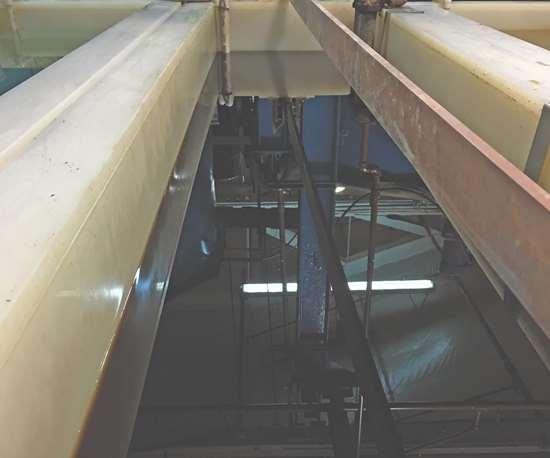 deoxidizing tank