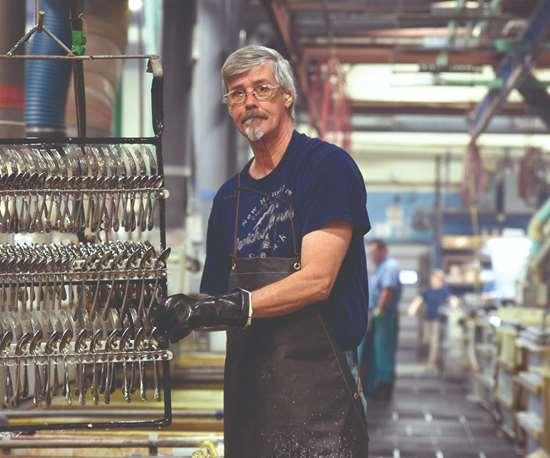 man plating racks