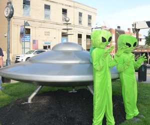spaceship with martians