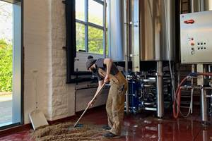 HMG Develops Unique Brewery Paint for Howard Town Brewery