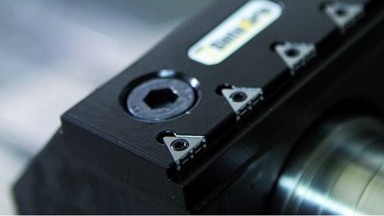 Carbide gripper inserts