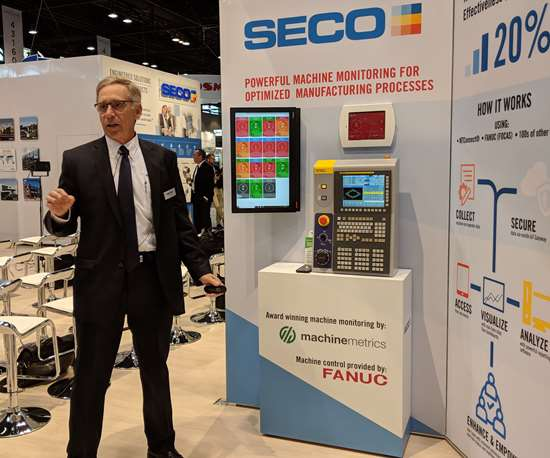 Larry Lefkof demonstrates Seco Tools' machine monitoring system