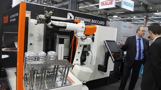 Mazak articulating robots