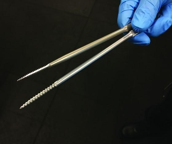 Threaded bone taps