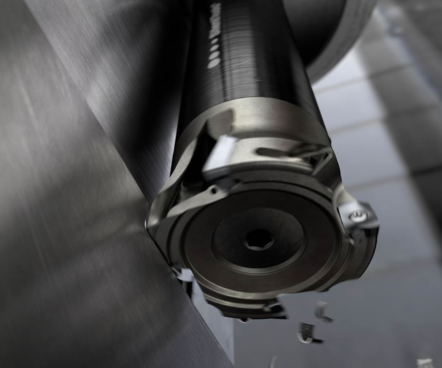 Milling tool at work in the machine