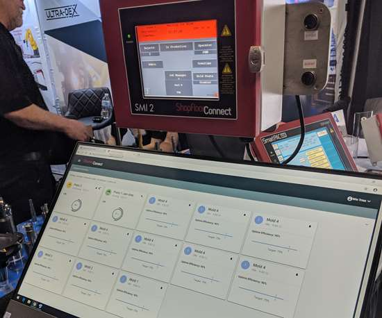 ShopfloorConnect box and screen showing the newest version of the machine monitoring software program