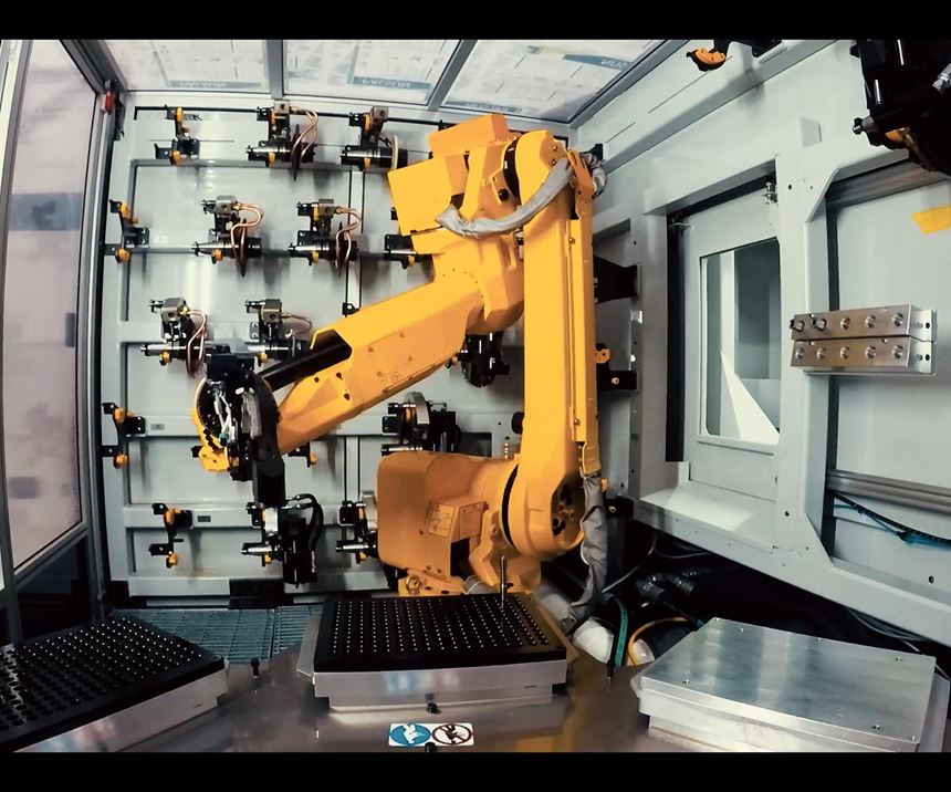 Robot helping produce cutting tools at Fraisa