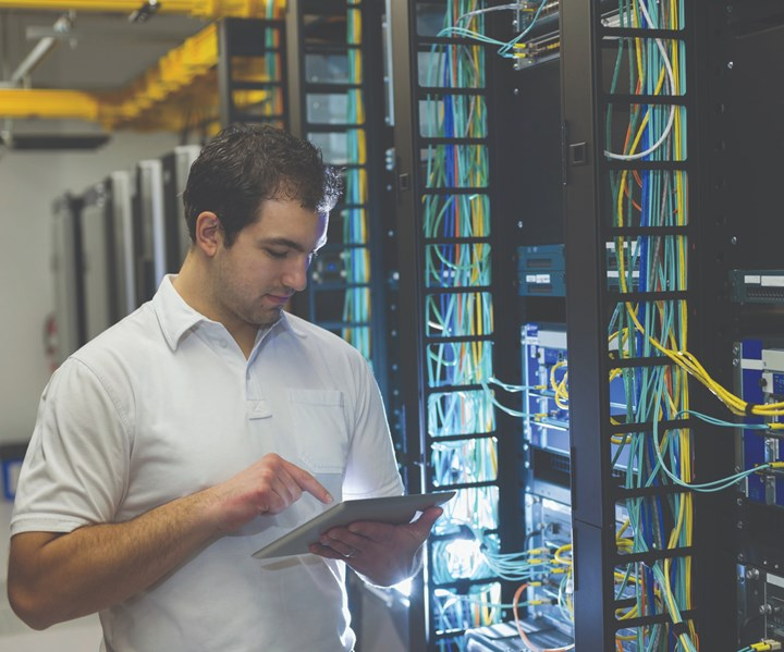 Employee using machine monitoring system