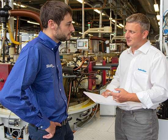 Meeting between a Blaser employee and a Laubscher employee