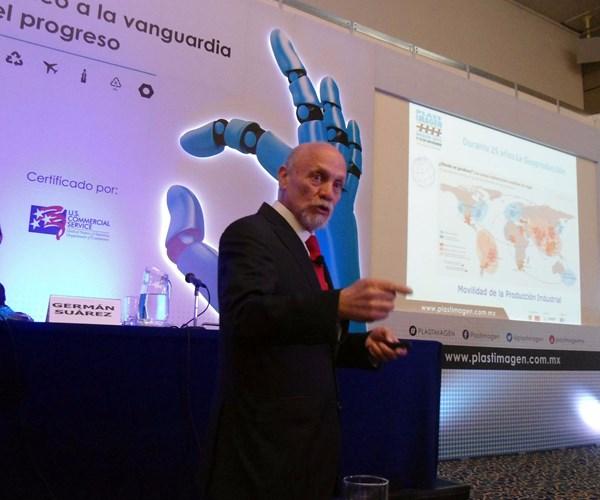 Ricardo A. Ricárdez Solís, consultor y experto en estrategia de negocios y plásticos,
