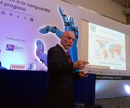 Ricardo A. Ricárdez Solís, consultor y experto en estrategia de negocios y plásticos