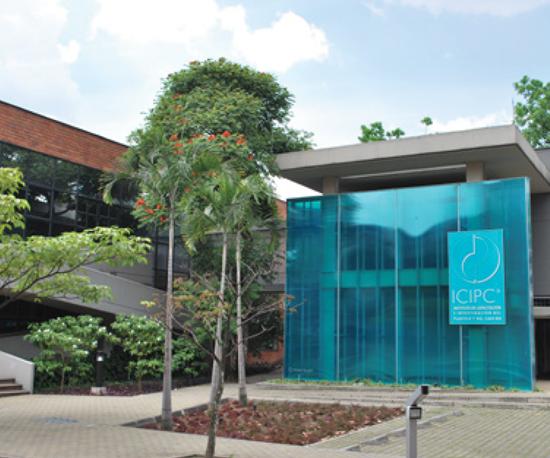 Instituto Colombiano de Capacitación del Plástico y del Caucho, en Medellín (Colombia)
