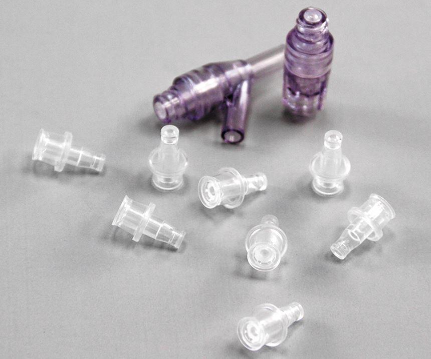Complejidades de los plásticos en la medicina