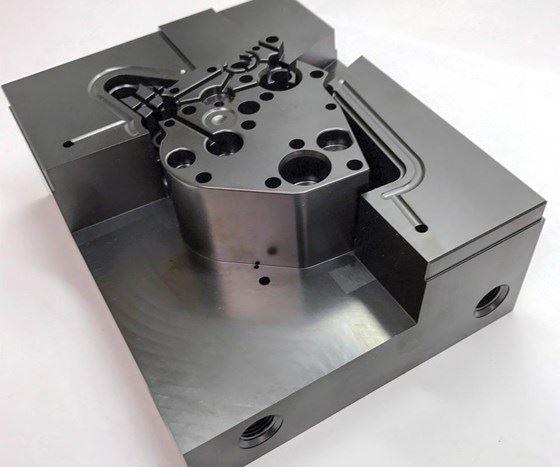 Cómo resolver el desafío de la adherencia de las piezas al molde