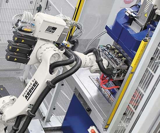Integración robot y máquina inyecctora