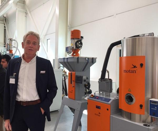 Detlev Schmidt, director de ventas de Motan Colortronic