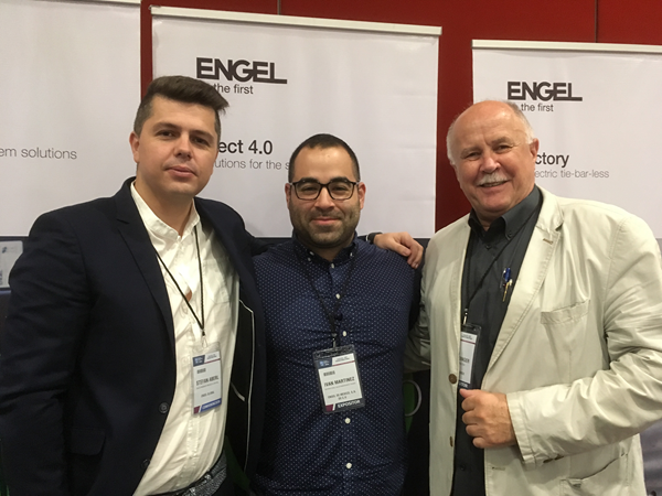 Stefan Aberl, Director Automation for North America; Ivan Martínez, International Sales Management Trainee, y Peter Auinger, Managing Director de Engel de México.