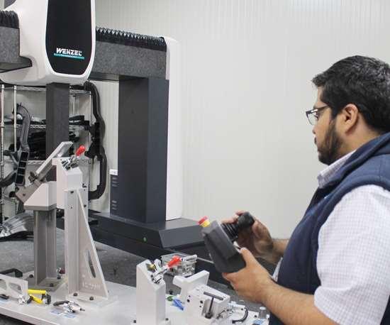 Otra de las inversiones importantes y que constituye un logro para Exo-s está en su laboratorio de metrología.