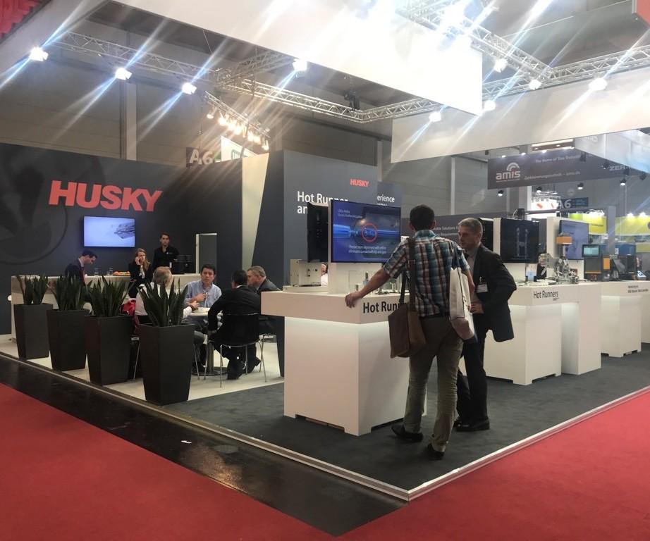 Stand de Husky en Fakuma 2018