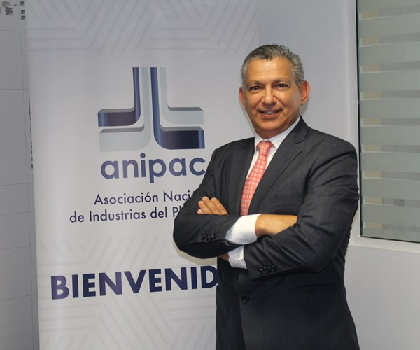 Ing. Juan Antonio Hernández, presidente de ANIPAC para el periodo 2016-2018