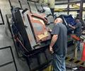 Scott Nickerson lidera un equipo de técnicos experimentados en Precise Mould and Plate. Imagen cortesía de Precise Mould and Plate.
