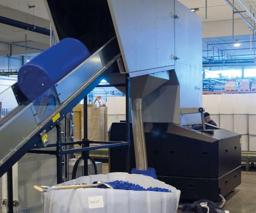 La molienda es un paso fundamental en una planta de transformación de plásticos.