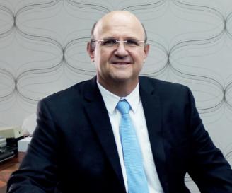 Romualdo Tellería Beltrán, director general de Silos y Camiones S.A. de C.V.