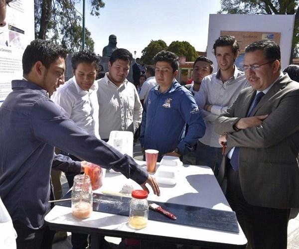Estudiantes desarrollan impermeabilizante con base de unicel
