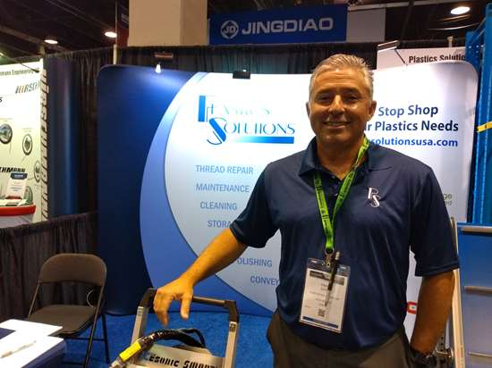 David Sosa, gerente de ventas de Soluciones Plásticas.