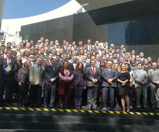 Representantes del gobierno, iniciativa privada y sociedad civil se sumaron a la firma del Acuerdo Nacional para la Nueva Economía del Plástico en México.
