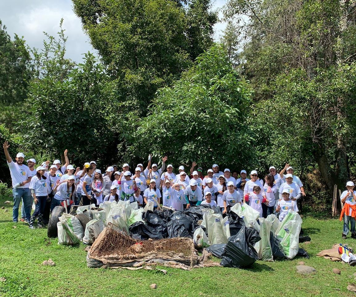 La ANIPACbusca involucrar a la sociedad en acciones concretas y fomentar el manejo adecuado de residuos sólidos urbanos, incluyendo los plásticos, para prevenir la contaminación por desechos en los márgenes de las cuencas y ríos de México.