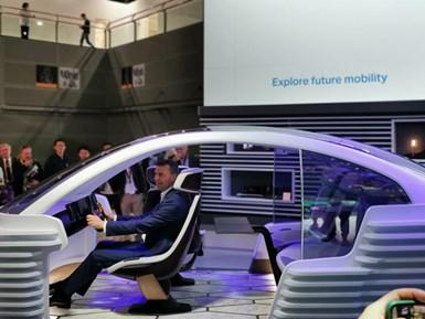Con un vehículo de vanguardia, Covestro demuestra en su stand el un auto concepto que despliega el potencial de los materiales poliméricos.