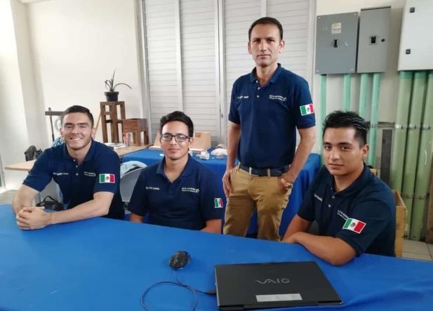 Estudiantes de la facultad de ingeniería de la Universidad Veracruzana..