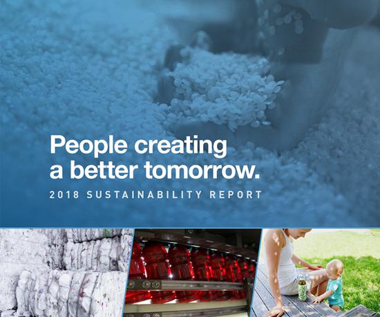 Los esfuerzos de sustentabilidad de Graham Packagingincluyen minimizar el uso de agua y energía en sus plantas, reducir la huella de carbono mediante el aligeramiento de productos y su compromisode aumentar la infraestructura de reciclaje.