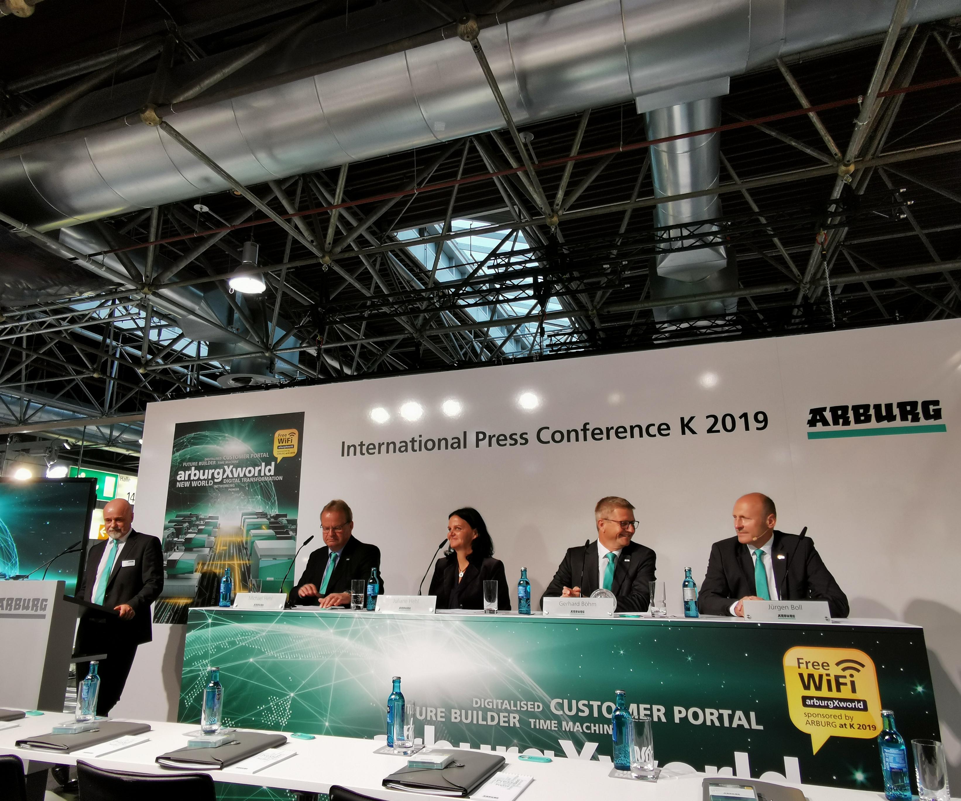 Como es tradicional en cada feria K, Arburg reserva los principales lanzamientos y novedades hasta la realización del evento.