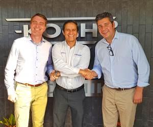Carsten Koch, director de KOCH-Technik; Armando Feregrino, director general de GiTamsa y Michael Rentschler, director de ventas de Koch paraMéxico.