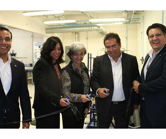 Inauguración dellaboratorio deEnsayos Fractomecánicos de Plásticos Ingenieriles.