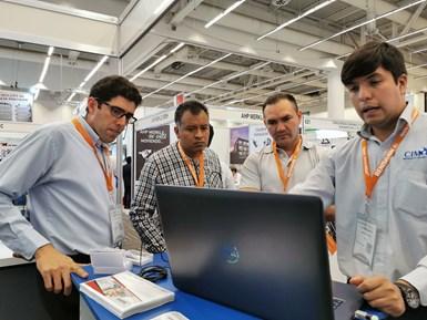 Meximold también contó con varios expositores que presentaron soluciones de software para el diseño, monitoreo y control de procesos.