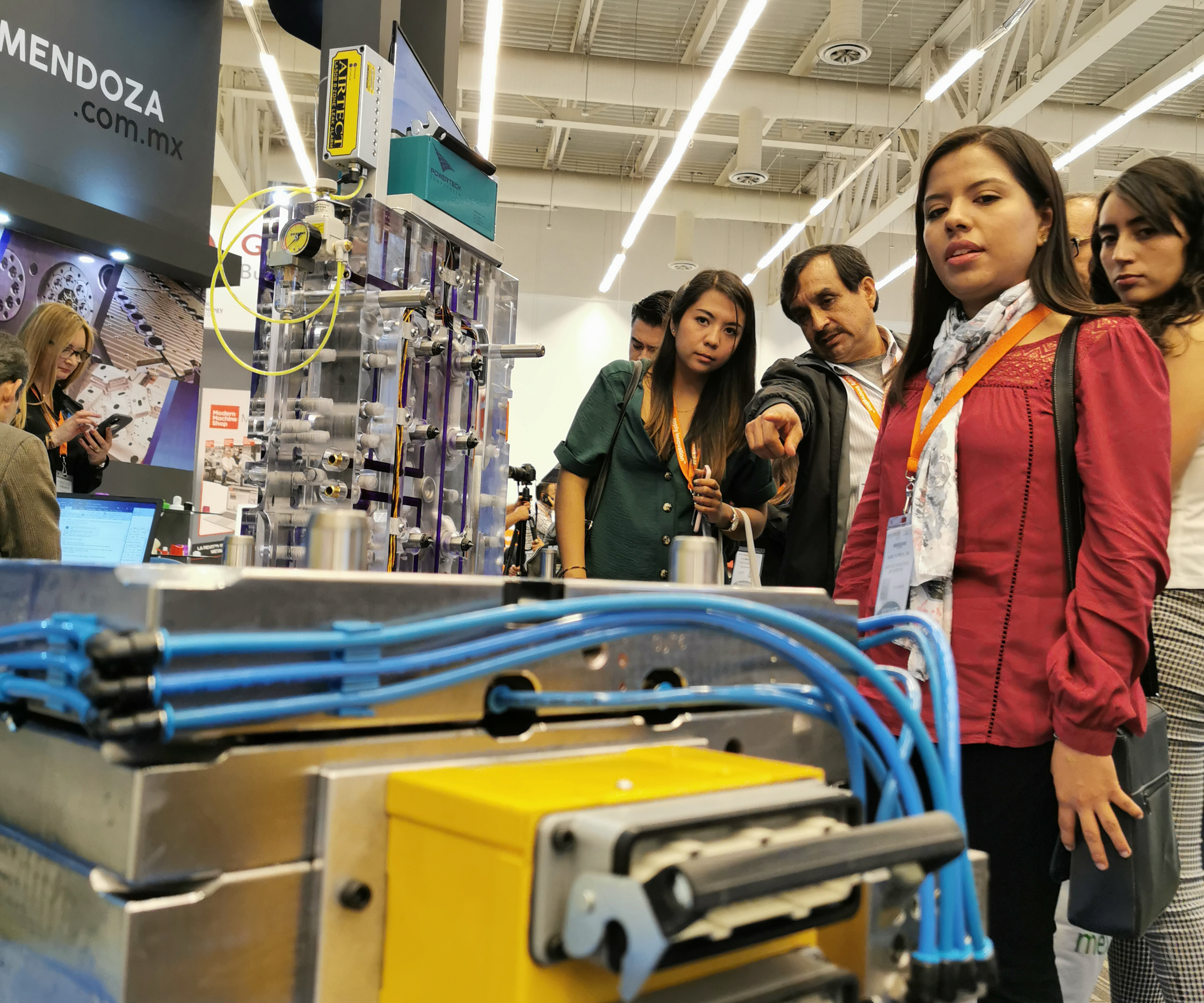 Los fabricantes de moldes nacionales, así como los internacionales, pero con operación en México, tuvieron un lugar destacado dentro de la muestra comercial.