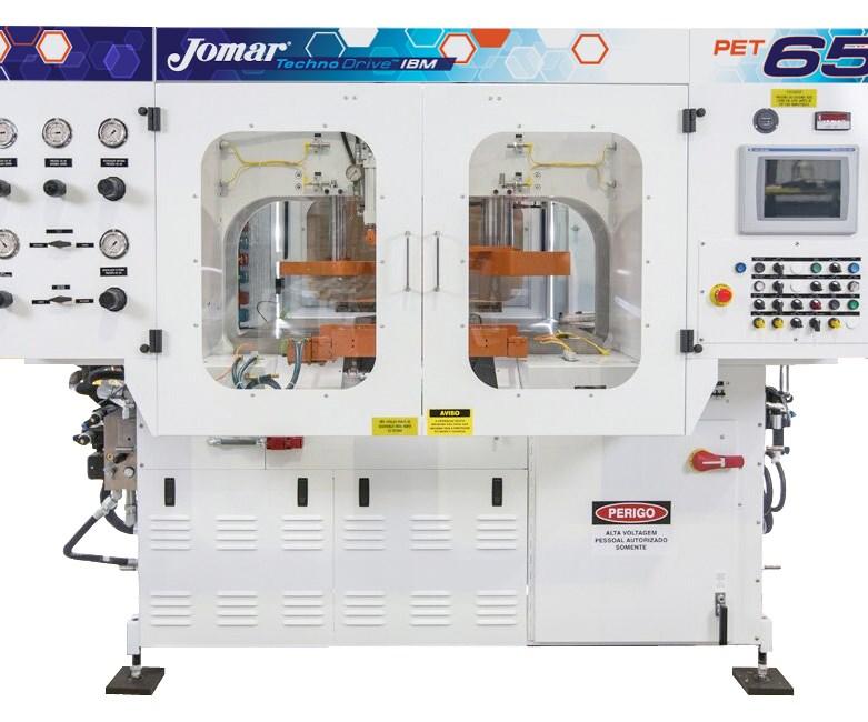 La nueva máquina de inyección-soplado de PET TechnoDrive 65 de Jomar es su primera máquina dirigida específicamente a botellas, envases y frascos de PET no estirados.