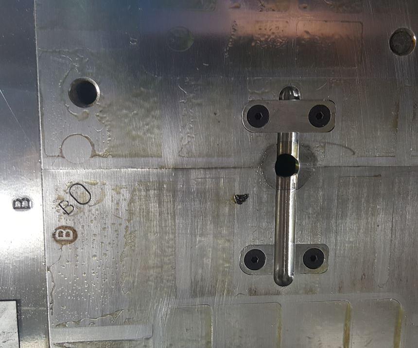 Un RSO básico bloquea o desvía el flujo de material.