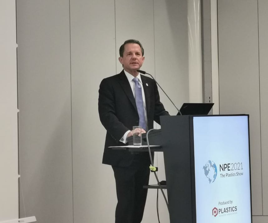 Tony Radoszewski,presidente y CEO de PLASTICS.