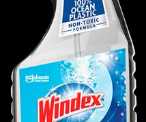 SC Johnson lanzaráun limpiavidrioscuyabotella estáfabricada100% con plástico del océano.