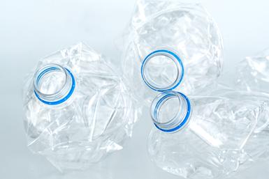 A nivel internacional, la cifra de consumo y producción de plásticos es de 400 millones de tonelada.