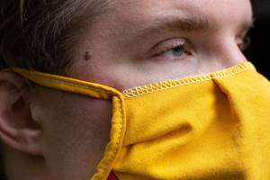 Según la CDC, se debeconsiderar cuál es el riesgo de exposición que se va a enfrentary,sobre de ello,decidir qué mascarilla es la más adecuada.