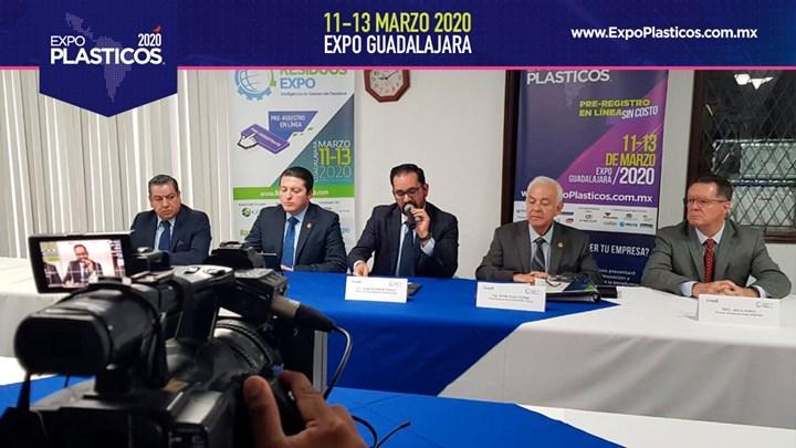 Rueda de prensa de presentación de Expo Plásticos 2020.